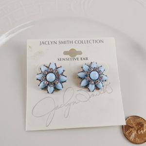 🖤3 for 25🖤Jaclyn Smith Blue Flower Earrings NWT